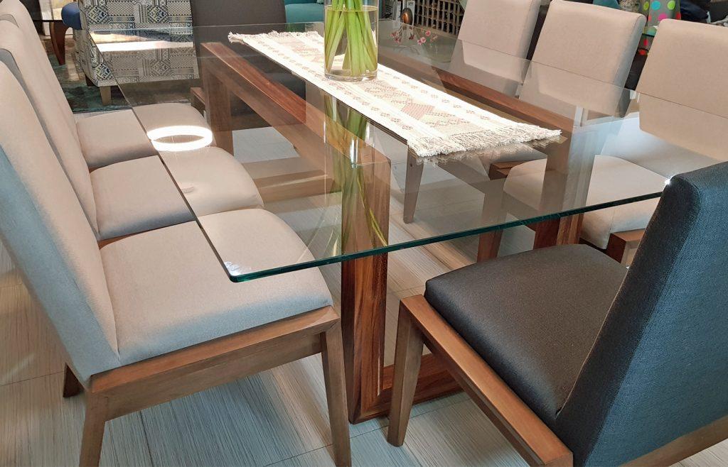 mesa comedor madera vidrio