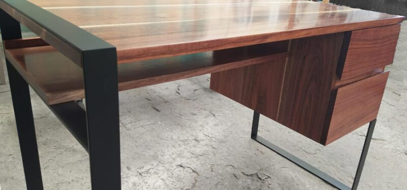average office desk table height